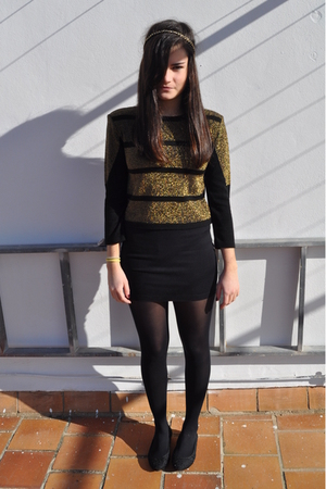 gold H&amp;M accessories - gold Topshop shirt - black H&amp;M skirt - black tights - bla