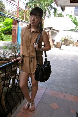 brown H&M top
