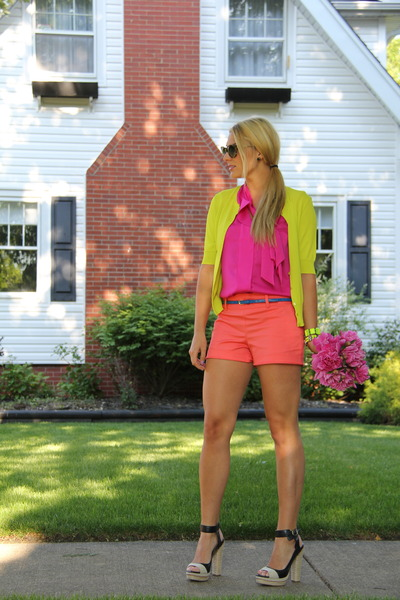 orange side zip ann taylor shorts - hot pink neck tie ann taylor blouse