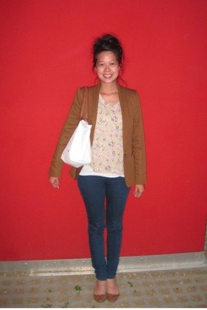 bronze Zara blazer - nude floral print H&M shirt - white longchamp bag - brown p