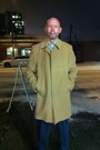 Black-bostonian-shoes-camel-black-brown-1826-coat-white-joseph-feiss-shirt