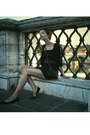 Black-newyorker-dress-black-gate-shoes-purple-accessories