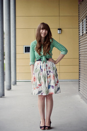 H&amp;M skirt - H&amp;M blouse