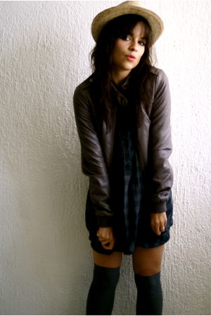H&M jacket - Primark shirt - H&M tights - Market hat