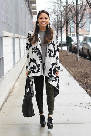 off white draped Peruvian Connection sweater - black mule clog Aldo shoes
