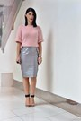 Light-pink-boohoo-sweater-silver-boohoo-skirt