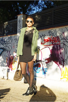 H&M boots - AXPAris dress - Oysho jacket - Mango bag