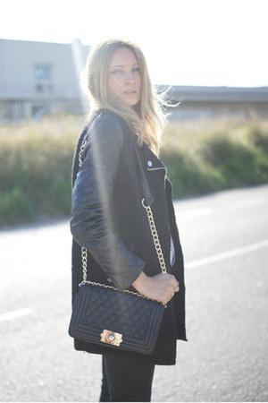 She Inside jacket - Romwecom bag