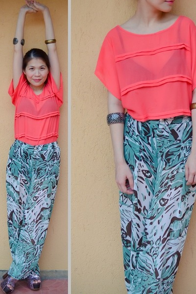 salmon chiffon House of Glamorosa top - turquoise blue WAGW pants