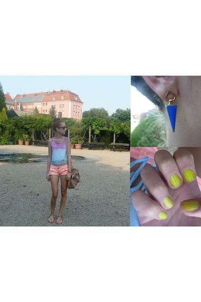 blue Mohito earrings - camel H&M bag - light orange Tally Weijl shorts