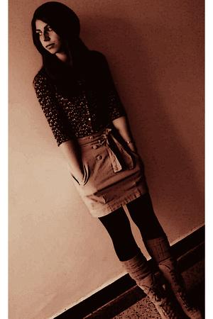 suede Bershka boots - Gap tights - wool Gap socks - Stradivarius skirt