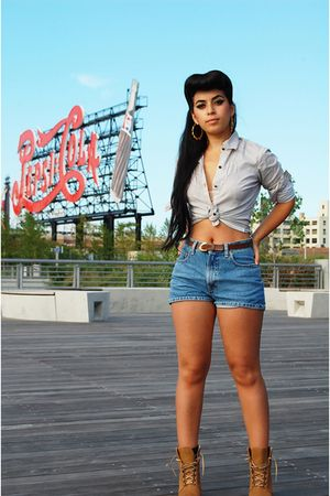 vintage shirt - vintage shorts - Zara boots