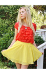 Yellow-skirt-red-polka-dot-top