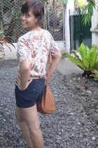 thrifted top - carrot orange bag - dark gray high waisted shorts