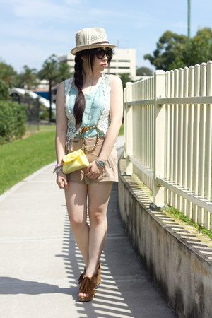 beige H&M shorts - aquamarine romwe top