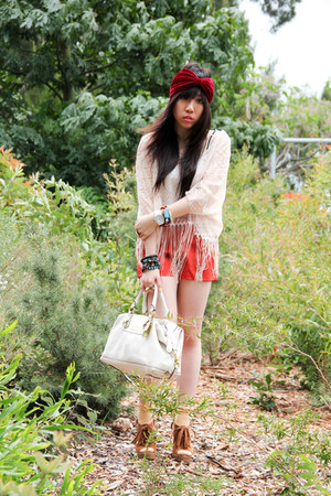 lace fringe Topshop top - random brand shorts - dotted random brand socks