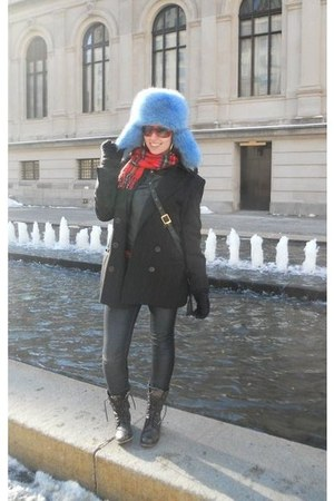 black Aldo boots - blue from canada hat - black moms vintage blazer