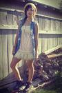 Wetseal-skirt-boots-gold-target-hat