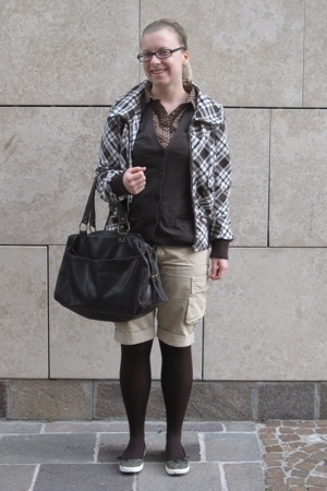 H&amp;M jacket - united colors of benetton - Blutsgeschwister blouse - Sisley shorts