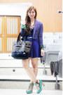 Light-purple-cropped-culte-femme-blazer-black-team-manila-bag