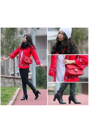 black leather MartofChinacom boots - red leather MartofChinacom bag