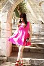 Hot-pink-zara-dress-red-parfois-wedges-bershka-wallet
