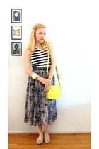 charcoal gray DIY skirt - yellow weekday purse - top - nude vagabond flats
