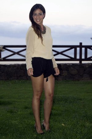 short shorts - Stilettos shoes - shirt blouse - necklace accessories