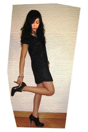 H&M dress - Carlos Santana boots