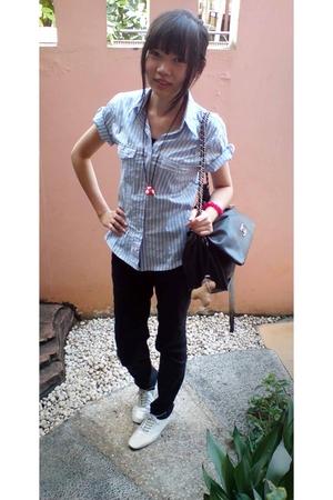 silver shoes - black jeans - blue shirt