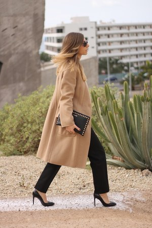 Carolina Herrera coat - Michael Kors bag - Burberry heels