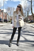 eggshell milly vest - black Genetic Denim jeans - white Splendid blouse