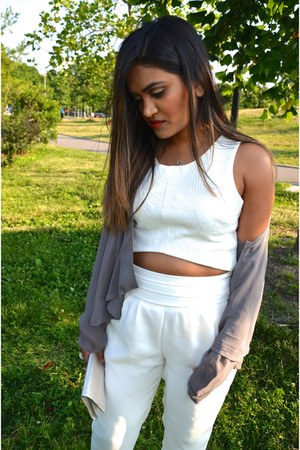 white Forever 21 pants - quilted Charlotte Russe shirt - metallic Zara pumps