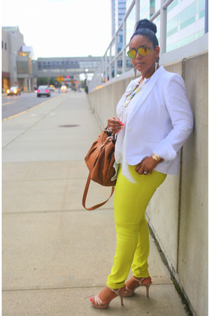 yellow neon Forever 21 jeans - white H&M blazer - tawny Furla bag