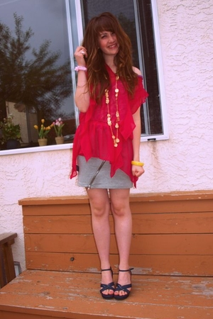 winneres blouse - Aldo necklace - H&amp;M - Nevada shoes - moms bracelet