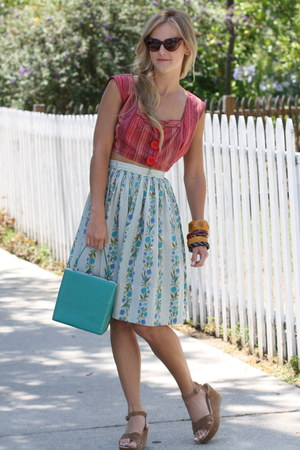 vintage skirt - vintage bag - vintage top - Urban Outfitters sandals