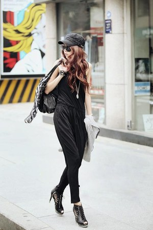 black fashion chic simple nice jumper