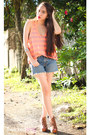 Brown-boots-teal-levis-shorts-light-orange-forever-21-top