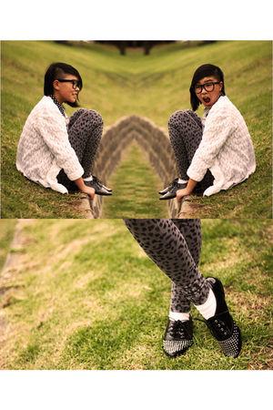 black Dangerfield sunglasses - black I love Billy shoes - gray K Mart leggings -