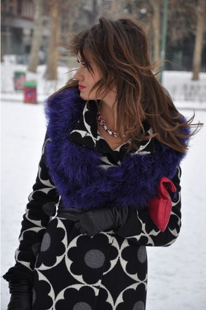 black Twin Set coat - amethyst Zara scarf - hot pink American Apparel bag