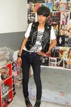 vest - Topshop top - Zara jeans - boots