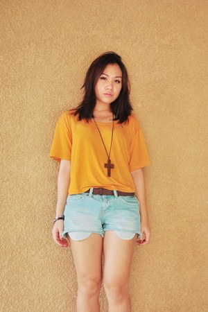 light blue Mossimo shorts - mustard H&M top
