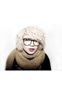 Black-urban-outfitters-gloves-yellow-h-m-scarf-black-diy-jacket
