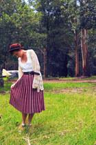 Topshopcom hat - tan suede Just jeans clogs - Wrinkle In Time Vintage skirt - la
