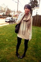 Walmart tights - Gap sweater - Aldo Accessories purse - H&amp;M scarf