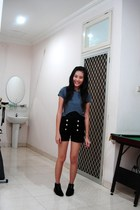 top - Gaudi shorts - Endorse boots