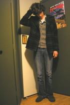 Fire Side shoes - Gap jeans - Arizona shirt - Hanes t-shirt - vurt cardigan - Le