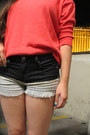 Salmon-knit-old-navy-sweater-black-dip-dye-dknstrkt-shorts