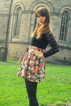 dark green Primark tights - salmon floral H&M skirt - tawny Primark belt - black