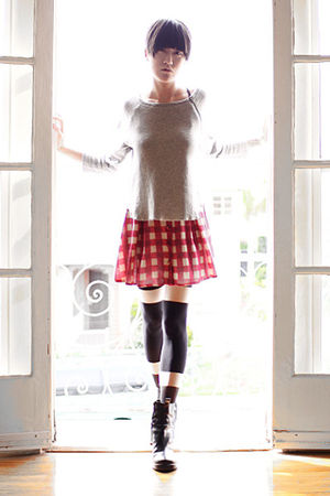 gray Theory sweater - pink Opening Ceremony skirt - black Henry Holland tights -